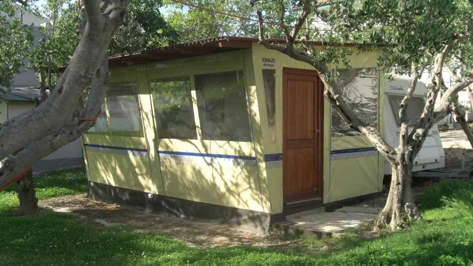 Wohnwagen in Kroatien Knaus 520