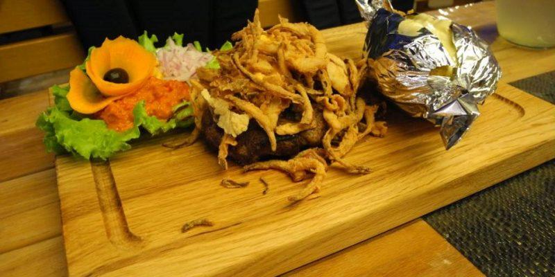Essen und Meer Steaks vom Grill